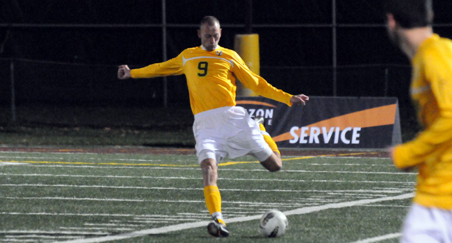 Stefan Antonijevic in action for Valparaiso University in 2011. | Photo credit: valpoathletics.com